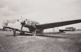 Vickers Wellington NC660