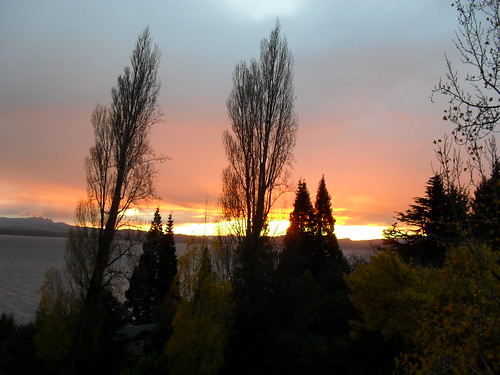lake argentina sunrise lago dawn amanhecer maio bariloche 2010 nahuel huapi