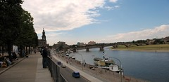 View from the Brühlsche Terrasse over the Elbe