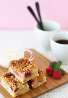 Rhubarb and Raspberry Crumble Cakes with Vanilla Sauce