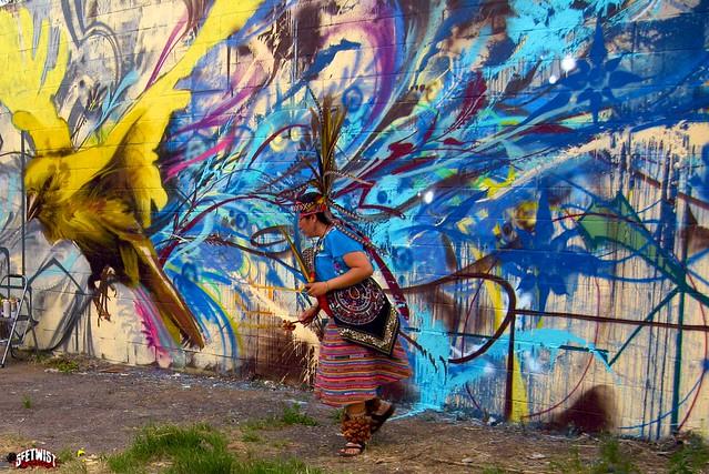 Abstract bird mural flickr photo sharing for Mural z papiezem franciszkiem