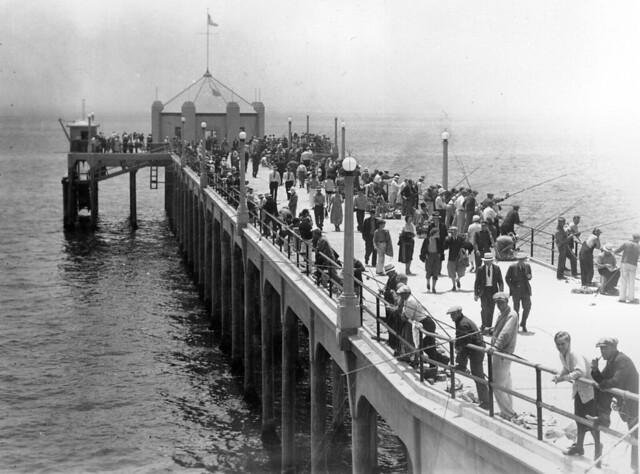 Huntington beach pier 1930s flickr photo sharing for Huntington beach pier fishing