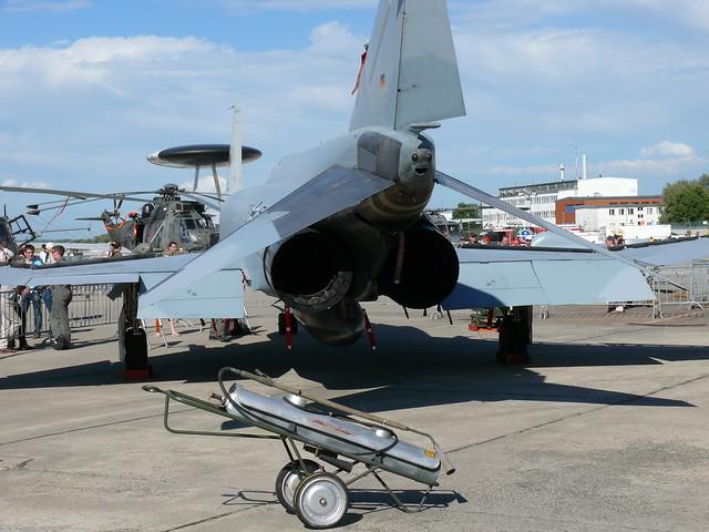Heck: McDonnell F-4 Phantom II