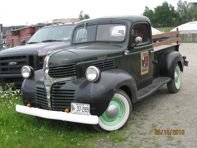 dodge pickup truck 1939 1947 for autos weblog. Black Bedroom Furniture Sets. Home Design Ideas