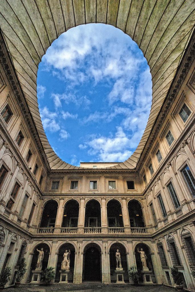 Hotels Near Piazza Venezia Rome