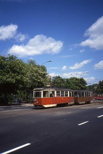 Tramwaj  w Łódź  Linia 43. Konstal 5N tram nr 4089 with 5ND trailer,. Pl.Wolności, May 1991
