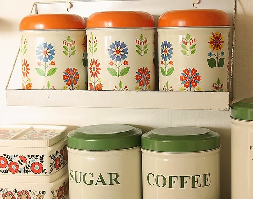 thrift flower tins