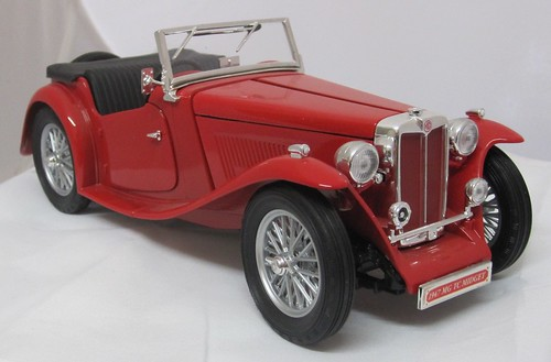 1947 MG TC Midget Sports Car front right
