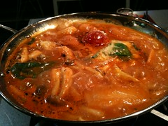 curry, jjigae, kimchi jjigae, hot pot, meat, sundubu jjigae, food, dish, cuisine,