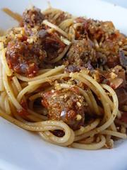 spaghetti alla puttanesca(0.0), produce(0.0), carbonara(0.0), bucatini(1.0), spaghetti(1.0), pasta(1.0), spaghetti aglio e olio(1.0), meat(1.0), bolognese sauce(1.0), naporitan(1.0), pici(1.0), food(1.0), dish(1.0), bigoli(1.0), cuisine(1.0),