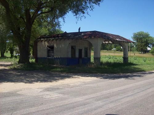 Abandoned Gas Station - Seneca, NE