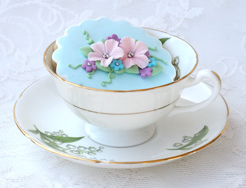 Elegant Spring Cookie