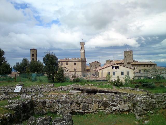 Etruscan acropolis, Volterra
