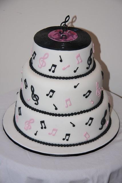 Record Wedding Cake
