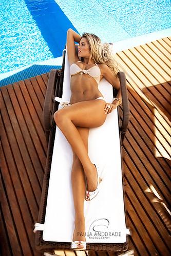 _Paula AnDDrade - Legs, Lines, Curves