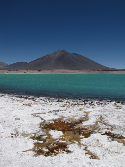 Hot springs around Laguna Verde