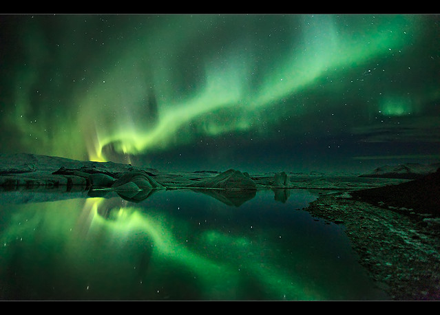 4495533772 11055e4d08 z Aurora Borealis: Weird Phenomenon, Awesome Photos.