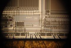 256kbit/16kbit EPROM/SRAM Wafer Scale Integration PSD311