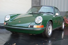 ruf ctr(0.0), convertible(0.0), automobile(1.0), automotive exterior(1.0), wheel(1.0), vehicle(1.0), performance car(1.0), automotive design(1.0), porsche 912(1.0), porsche(1.0), porsche 911 classic(1.0), antique car(1.0), land vehicle(1.0), coupã©(1.0), sports car(1.0),