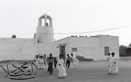 جمعه مباركه ***  لقطه  تعود لخمس وثلاثين سنه مضت لواحد من المساجد القديمه المنتشره على ارض قطر