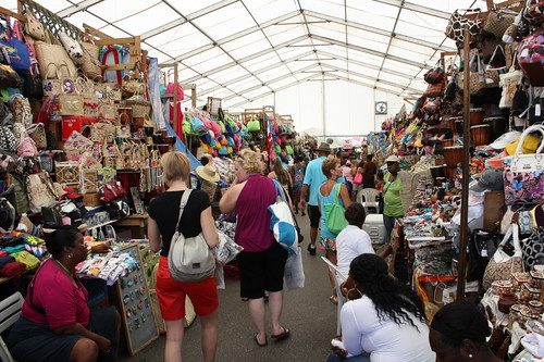 Buy arts and handicrafts at the Straw Market  - Things to do in Nassau