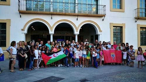 Recepción del Ayuntamiento de los niños saharauis