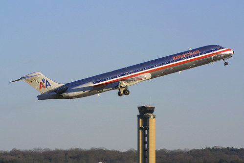 American Airlines McDonnell-Douglas MD-82 N454AA