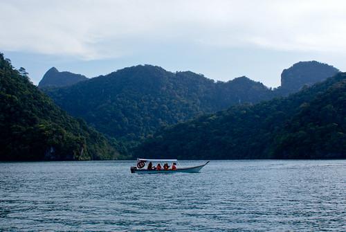Pulau Dayang Bunting