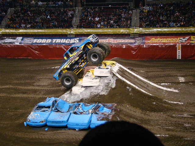 Monster Trucks Freestyle