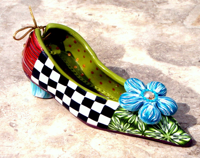 how to make a shoe out of clay