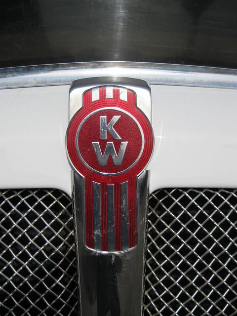 Kenworth Logo   Seen a...