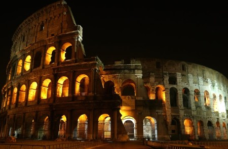 Colosseum - Colosseo Roma - 180 degrees - Coliseum - Flavian Amphitheater