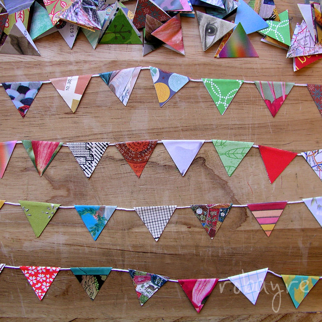 Paper flag bunting tutorial