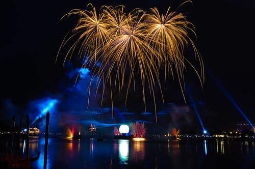 Fireworks Frame Themselves (Explored)