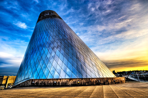 sunset reflection building art glass lines campus studio washington artwork nikon triangle colorful downtown waterfront angle cone steel blowing landmark diamond pacificnorthwest tacoma mtrainier dalechihuly hdr museumofglass handblown bridgeofglass d700 universityofwashingtontacoma surrealize