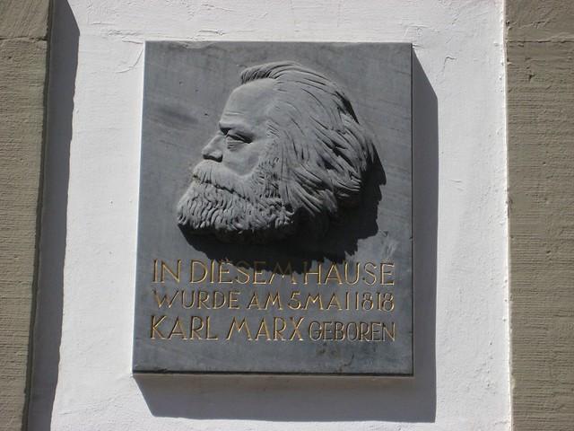 Plaquette on Karl Marx Haus (Trier 2009)
