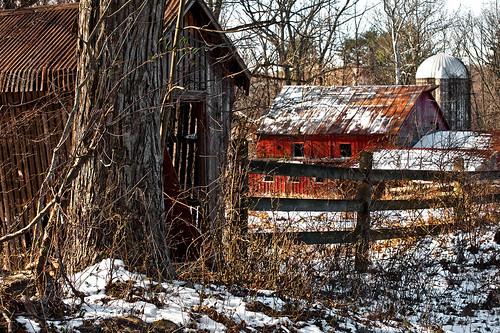 winter snow barn newjersey haiku farm nj silo corncrib warrencounty