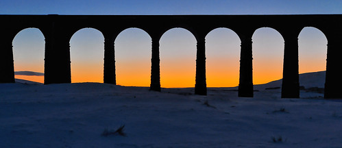 sunset train track yorkshire railway arches viaduct yorkshiredales ribbleheadviaduct ribblehead chapelledale bleamoor