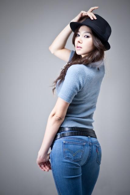 min-seo-hee-butt