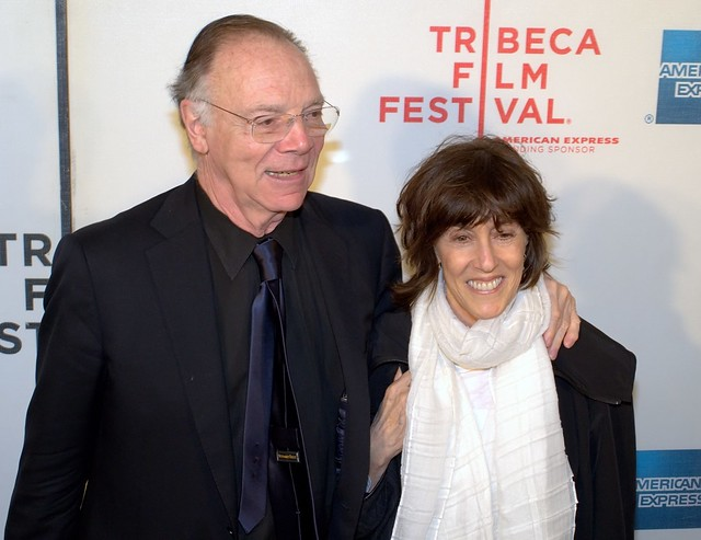 an essayist in love with seattle Famous celebrity author of 'sleepless in seattle' dies catholic (catholic online) a production fashioned around ilene beckerman's best-selling book love.