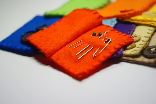 Igielniki / Needle books