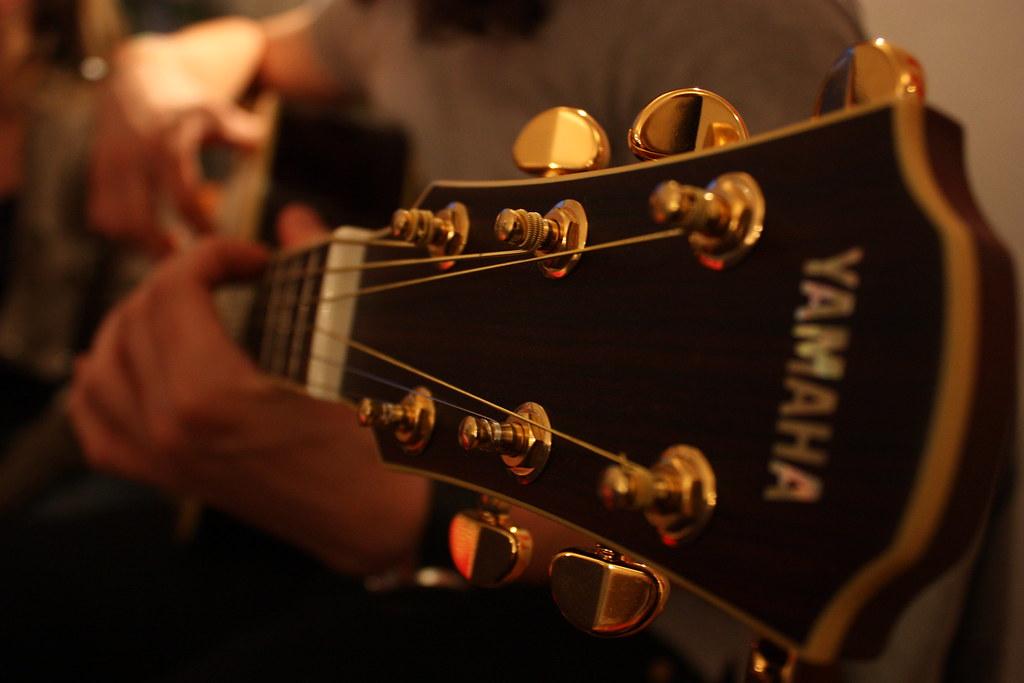 YAMAHAのギターを高く売るコツ