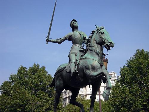 2009.09.28.01 PARIS - place St Augustin - Jeanne d'Arc