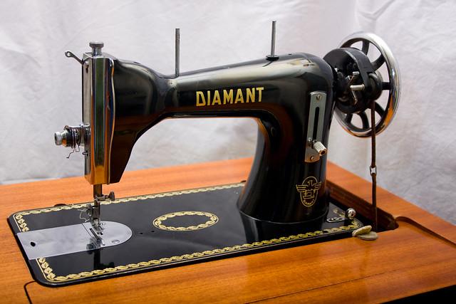 Macchina da cucire diamant flickr photo sharing for Aghi macchina da cucire
