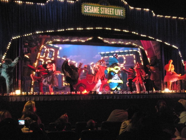 Sesame street live at madison square garden explore - Sesame street madison square garden ...