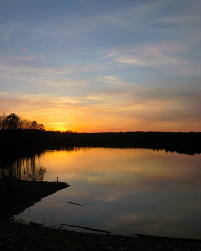sunset lake northcarolina fallslake wakecounty fallsoftheneusedam osm:way=40998281 foursquare:venue=1501965 dopplr:explore=wtn1