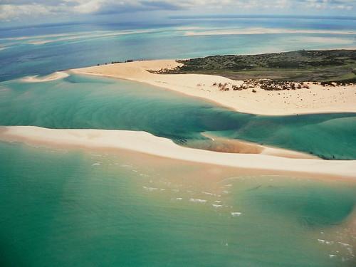 africa indianocean aerialview explore mozambique moçambique 100faves takenfromaplane bazarutoarchipelago andrépipa barazuto oceanoíndico africafromtheair photobyandrépipa mozambiquefromtheair