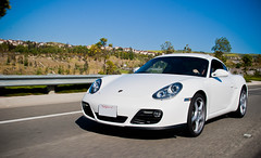 porsche cayman(0.0), convertible(0.0), automobile(1.0), automotive exterior(1.0), wheel(1.0), vehicle(1.0), automotive design(1.0), porsche boxster(1.0), porsche(1.0), land vehicle(1.0), luxury vehicle(1.0), coupã©(1.0), supercar(1.0), sports car(1.0),