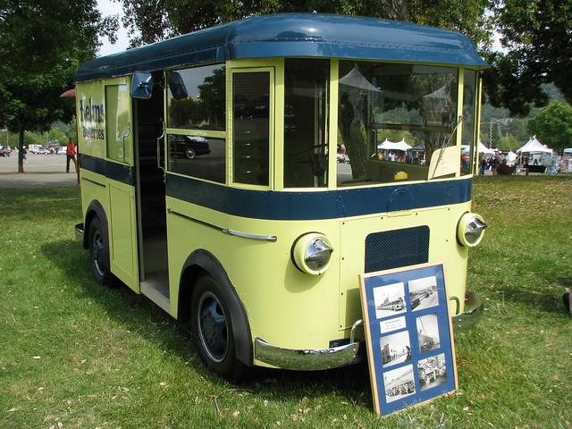 1934 Divco Helms Bakery Truck 1