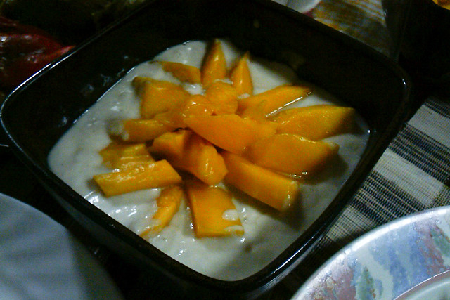 Thai Mango Sticky Rice Dessert